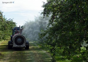 Spraying from one boom. This operator checked to make sure the pressure didn't increase when he closed the second boom. High pressures or sudden spikes could indicate a faulty regulator valve.