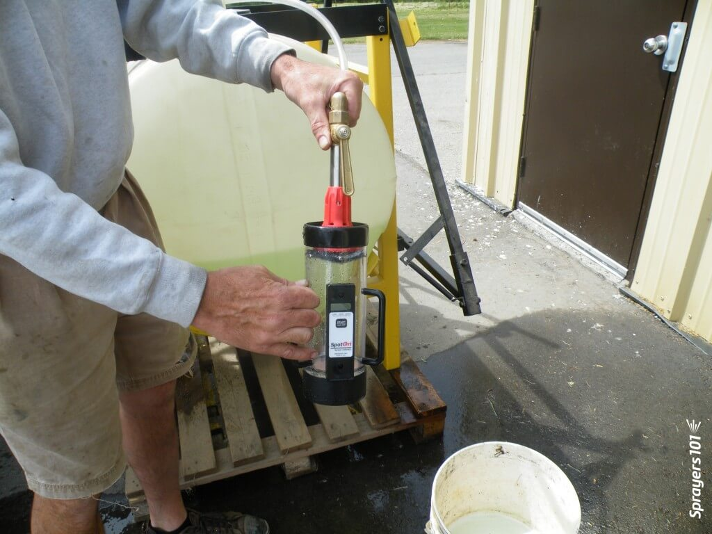 Determining nozzle rate using the Innoquest Spot-On SC-4.