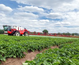 Sales of Agrifac self-propelled sprayers have risen from 20/year in 2008 to more than 200 today. Its new factory has the capacity to build one machine every day.